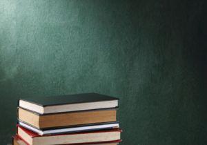 education_blackboardbooks_500350