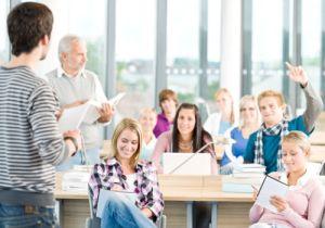 education_collegeclass_500_350