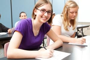 education_high-school-english-writing-girl-studentss